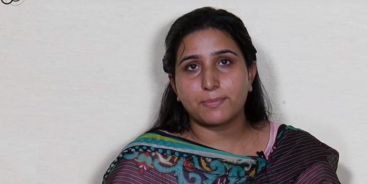 مجھے انجیل میں سکون ملتا ہے - قرآن میں نہیں - ایک پاکستانی سابق مسلمان لڑکی کی گواہی