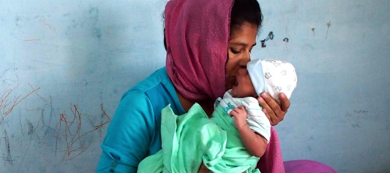 A Pakistani Christian mother & two young children left to starve in Thailand
