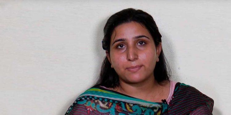 कैसे मैंने मसीह को अपनाया - मुस्लिम लड़की का दिल छू जाने वाला अनुभव - Hindi Christian Website