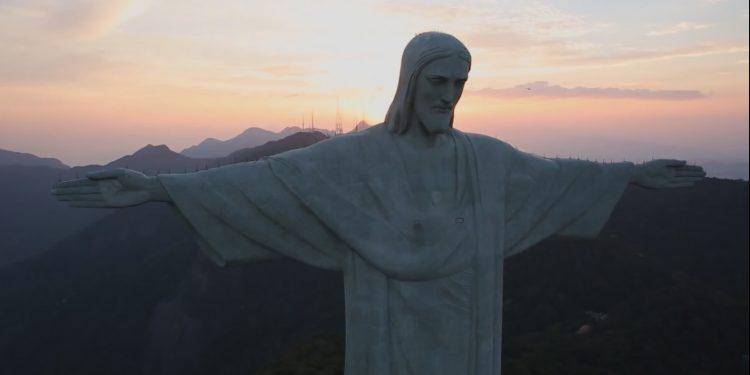 यीशु मसीह - केवल एक और सच्चा जीवित परमेश्वर
