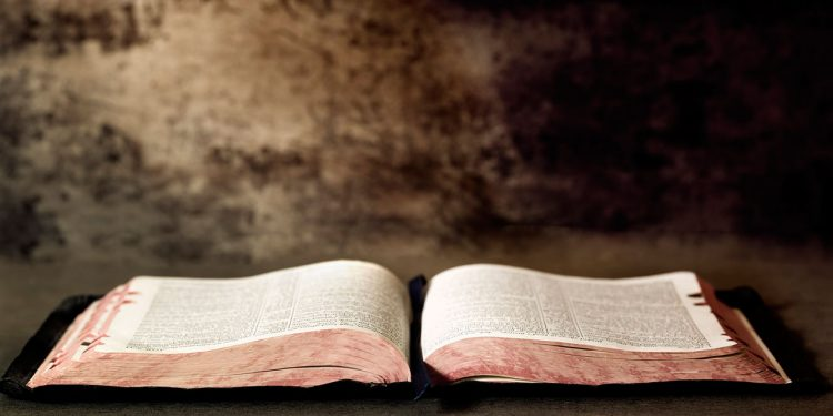 Alkitab - Kitab Suci - Hasutan Kekerasan atau Pesan Damai - Hidup Merdeka dalam Yesus