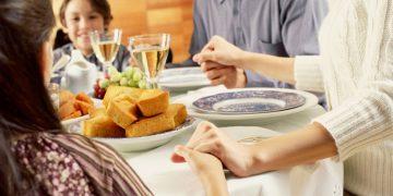Contoh Doa Makan - Doa makan orang kristen - Berbicara dengan Tuhan
