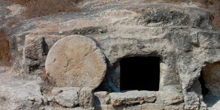 Fakta berbicara - Mengungkap fakta Yesus mati dan bangkit - Kebenaran tentang Yesus