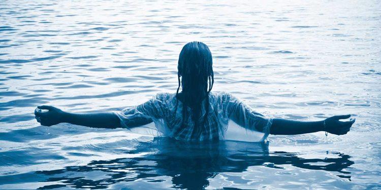 مسیحی بَپتسمہ کی کیا اہمیت ہے؟ - مسیح میں پاک ہونا گناہوں سے دوری - ایک پاک زندگی