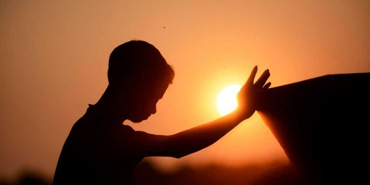 Doa menghubungkan kita secara rohani dengan Tuhan