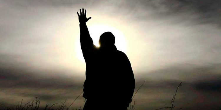 Mengandalkan HANYA pada Tuhan - Pesan-Pesan Kristen Berharga