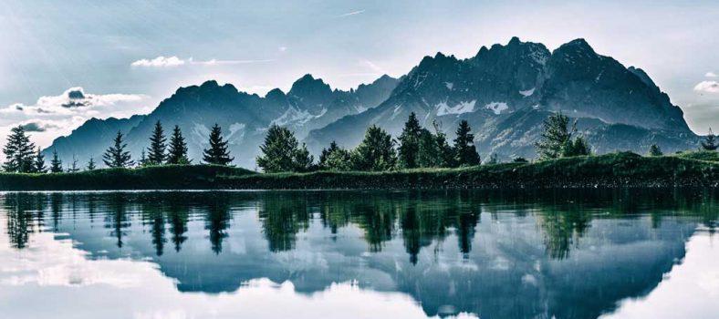 پانچ طاقتیں - مسیحیت میں پانچ طاقتیں - یسوع المسیح کا لہو - روح القدس کی طاقت