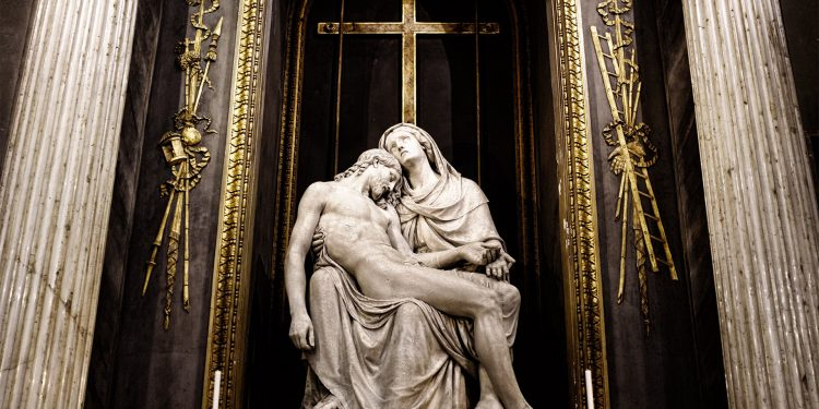 Dilarang untuk menyembah berhala dalam agama Kristen