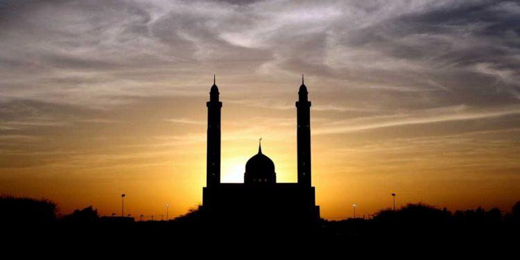 اِسلام میں غیر مسلمانوں کا درجہ - مسیحیوں کا اسلام میں درجہ - دوسرے مذہبوں کے خیالات - مسیحیت پر سوال