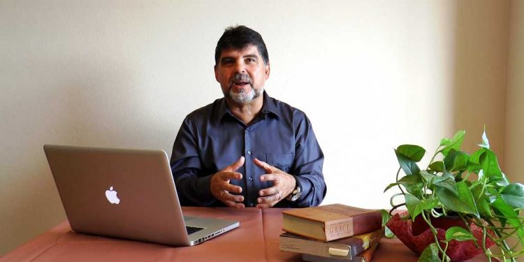 Did Jesus ever prophecy the arrival of Muhammad as a Prophet - Pastor Samuel R Garza